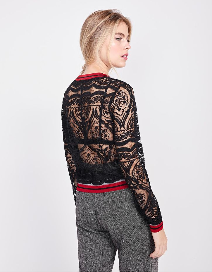 181019604_0003_040-BLUSA-CASUAL-LACE