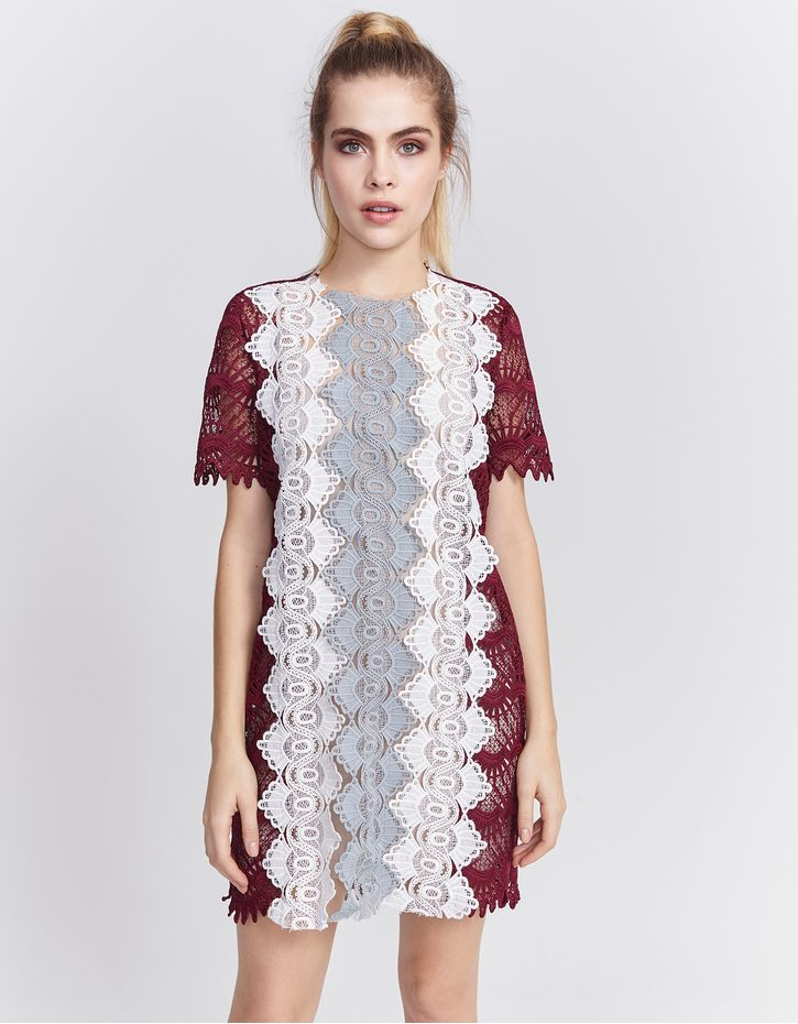 181109200_0123_010-T-SHIRT-DRESS-GUIPURE