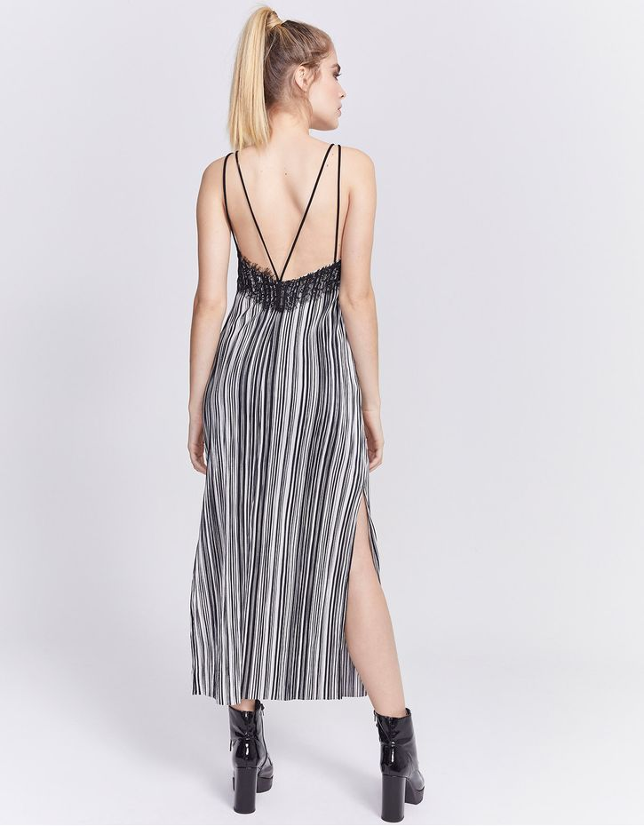 181109205_0003_040-VESTIDO-PLEAT-STRIPE