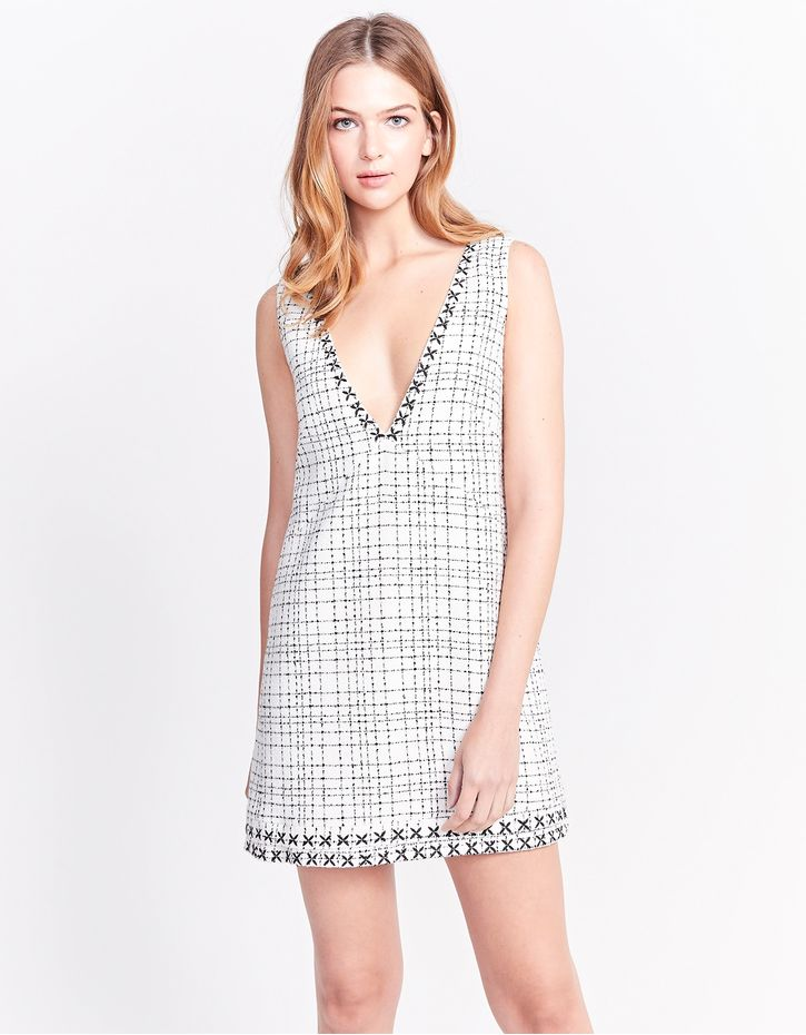 181109400_0690_040-DRESS-TWEED