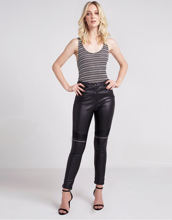 172089103_0003_010-CALCA-SKINNY-LEATHER-TOUCH