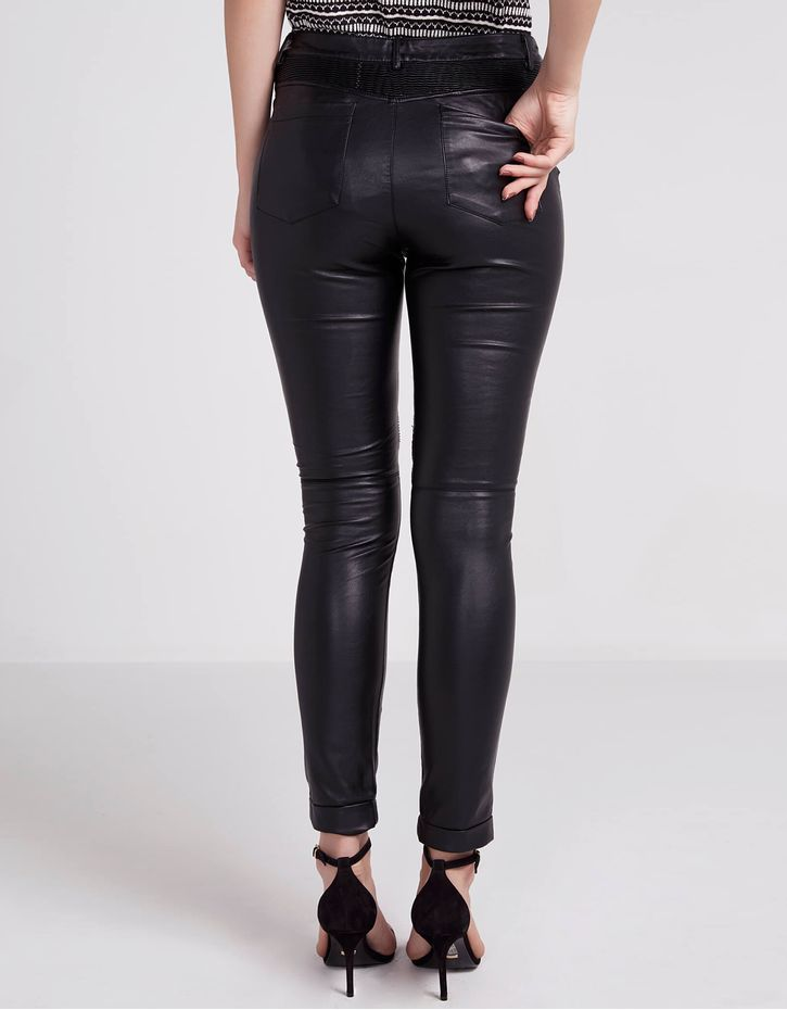 172089103_0003_040-CALCA-SKINNY-LEATHER-TOUCH